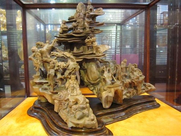 木雕石雕工艺品