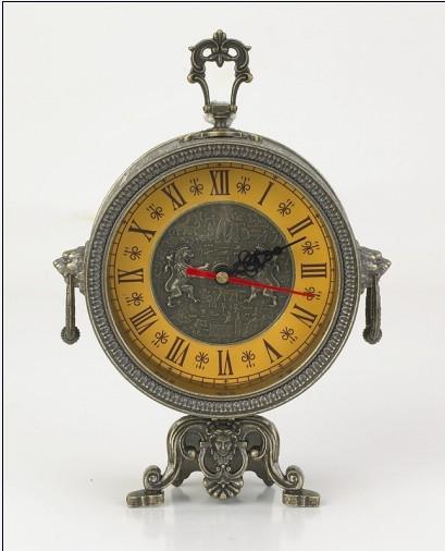 锌合金欧式钟表