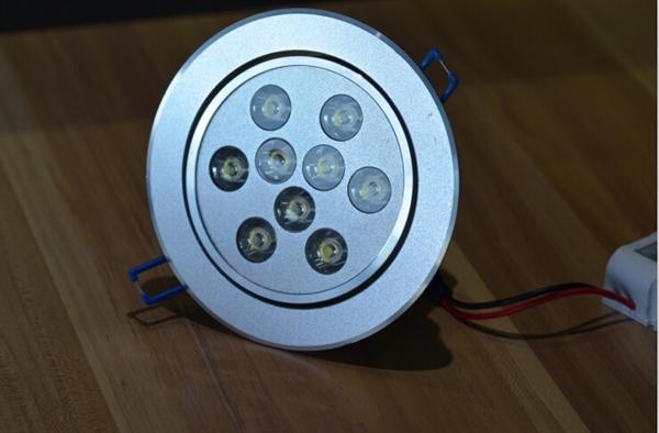 筒灯位置设计图