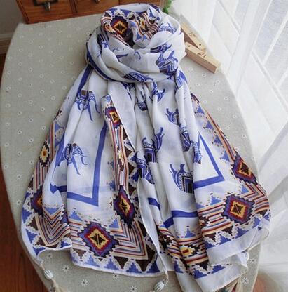 手绘丝巾作画步骤